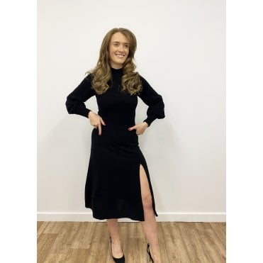 Brielle Cashmere Long Sleeved Dress