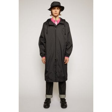 Face Plaque Technical Raincoat Black