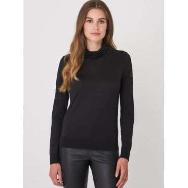 Fine Roll Neck Long Sleeve Top