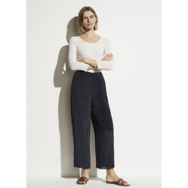 Textured Wide Leg Pull-On Pant